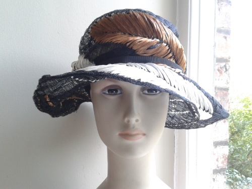 RARE 1940's 'Cross Keys' hat - fabulous!
