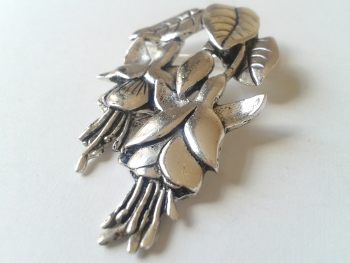 Vintage Fuschia Brooch - MASJ Welsh pewter jewellery