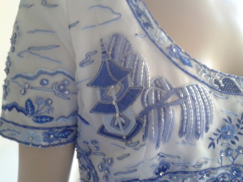 Bellville Sassoon Dress - UNIQUE Willow Pattern embroidery - WOW!