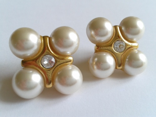Pearls are Perfect Presents